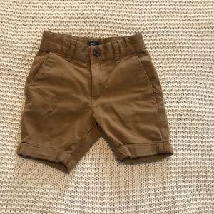 Gap kids boy dapper cuffed tan shorts